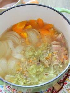 たっぷり野菜の優しいスープ