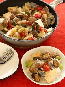 フライパンで作る鶏と春野菜の炊きこみご飯