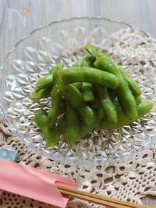 めんつゆ×ブラックペッパー枝豆