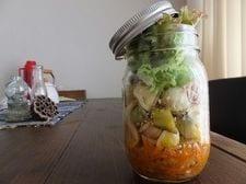 サンマ缶のジャーパスタサラダ