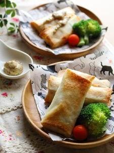 【揚げないおつまみ&おやつ】ウィンナーとチーズの春巻き