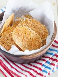 3分でできるパリパリチーズせんべい