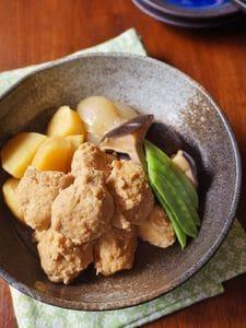 鶏団子と野菜のじんわり煮物