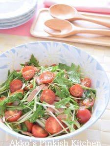 簡単♡水菜とミニトマトとベーコンの和風サラダ