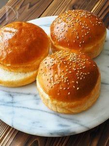 牛乳パックの型で、ふんわり手作りハンバーガーバンズ