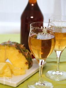 完熟パイナップルの黒酢ドリンク