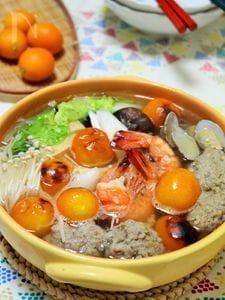 魚介の旨み引き立つ さっぱりきんかん鍋。