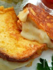とろ~りチーズがたまらないモンティクリスト