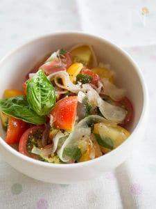 ミニトマトとバジルの爽やかサラダ
