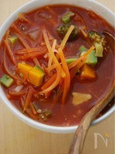 パスタなし、野菜だけのスープスパゲティ風