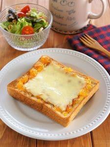シナモンチーズトースト