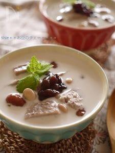 あずきミルクプリンと金時豆のチェー