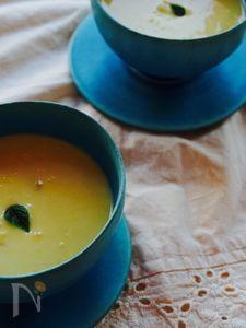 ミキサーいらずの、とうもろこしの冷静スープ。