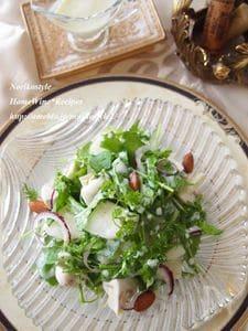 梨とほうれん草の豆乳ドレッシングサラダ