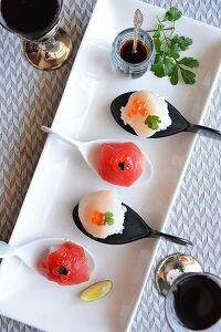 すだちとパルミジャーノ飯の小さなお寿司  バルサミコ醬油で