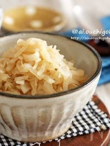 大根の大量消費♡朝からたっぷり食べれる♡とっても簡単炒り大根
