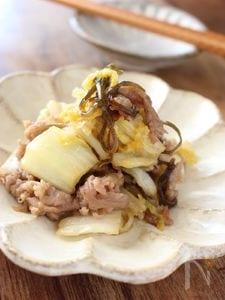 白菜と豚肉の塩コンブ&ガーリック炒め
