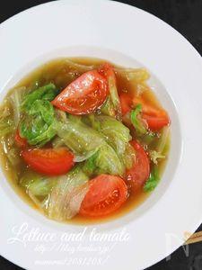 時短メニュー・レタスとトマトの中華炒め。