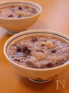 小正月に 手軽につくれる小豆粥。