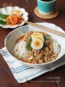 万能!中華風ピリ辛あんで汁なし冷麺