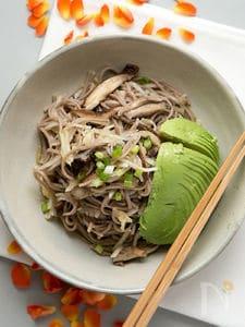 大根と椎茸のそばサラダ
