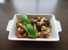 お豆ときのこのバルサミコサラダ
