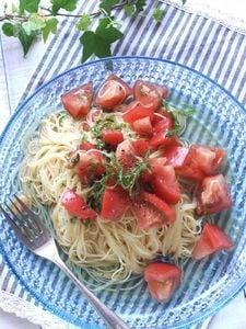 トマトと大葉のカッペリーニ〜和風冷製パスタ