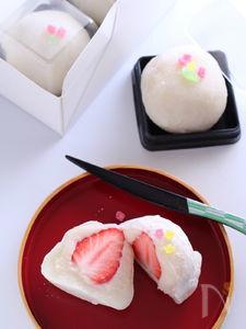 ホワイトチョコいちご大福。