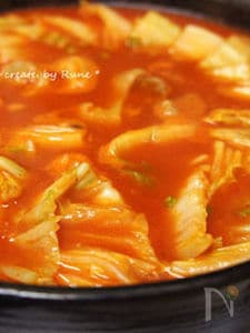 トマト缶詰deコラーゲンン韓国風トマト鍋