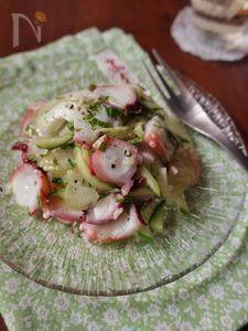 タコときゅうりのネギ塩サラダ