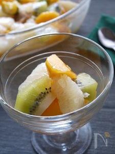 【簡単】いつもの果物でおもてなし~柿のマチュドニア