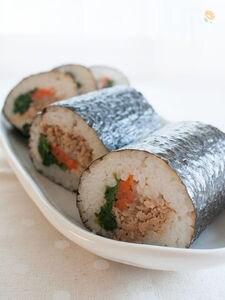 シンプルな味、ビビンバ風巻き寿司