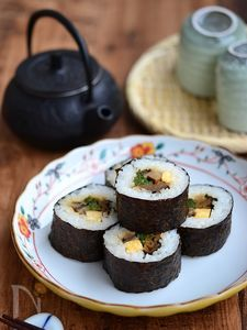 具だくさん太巻き寿司【作りおき】