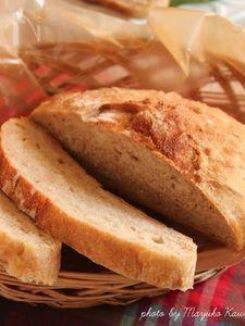 ストウブ鍋でこねないパン