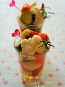 白ワイン&ハーブビネガーの野菜ピクルス