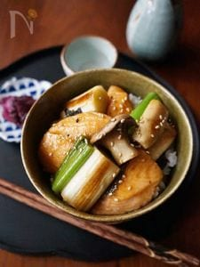 照り焼きサーモン丼