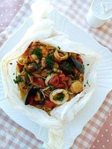 濃厚!魚貝スパゲッティのカルトッチョ