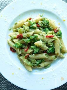 イタリア風なピリッとさわやかブロッコリーペンネ