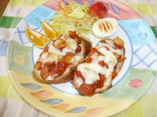 金時豆とじゃが芋のトマト煮ブリスケッタ