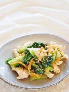 小松菜と鶏胸肉の塩コショウ炒め