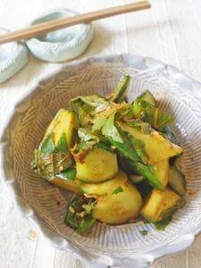 【夏の養生常備菜】きゅうりとエゴマの葉の即席キムチ