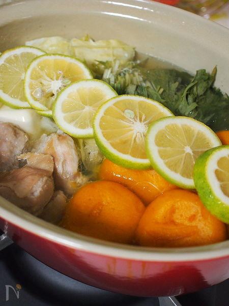 塩麹と柑橘のサッパリ鶏鍋