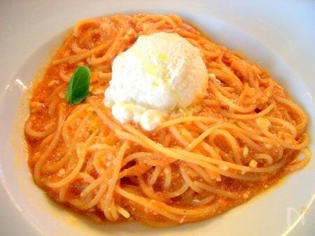 超簡単リコッタとトマトのパスタ