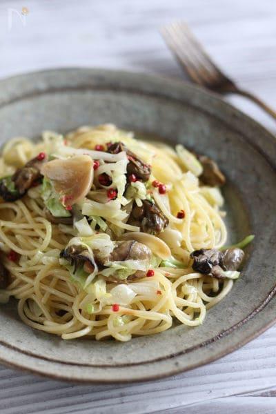 牡蠣とキャベツのペペロンチーノ