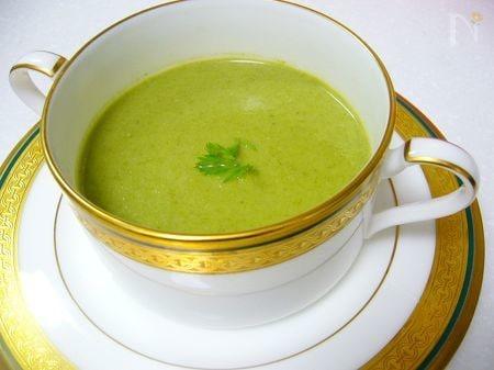 人参の葉のスープ