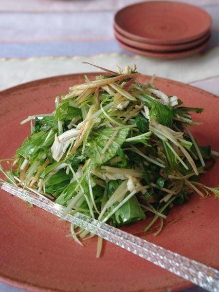 蒸し鶏と香味野菜のサラダ