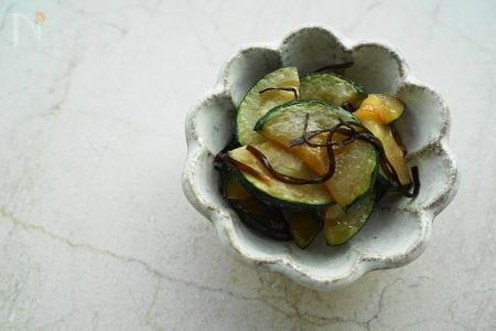 ズッキーニの昆布オリーブ炒め