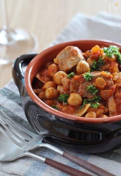 ラム肉とひよこ豆のチリトマト煮