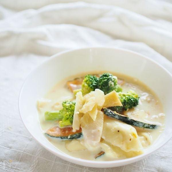 餃子の皮で豆腐のラビオリ風