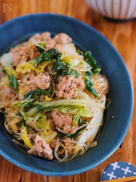 重ねて煮るだけ♪味がしみしみ『白菜とはるさめの中華そぼろ煮』